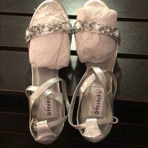 Dyables heels